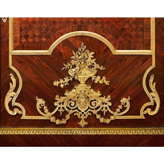 Louis XIV Inspired French Linen Press For Sale - Image 4 of 6