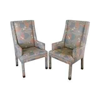 Mastercraft Vintage Hollywood Regency Pair Upholstered Parsons Host Armchairs For Sale