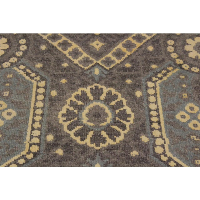 Ezyln Modern Cheryle Gray/Ivory Wool & Viscouse Rug - 7'11 X 10'2 For Sale In New York - Image 6 of 8