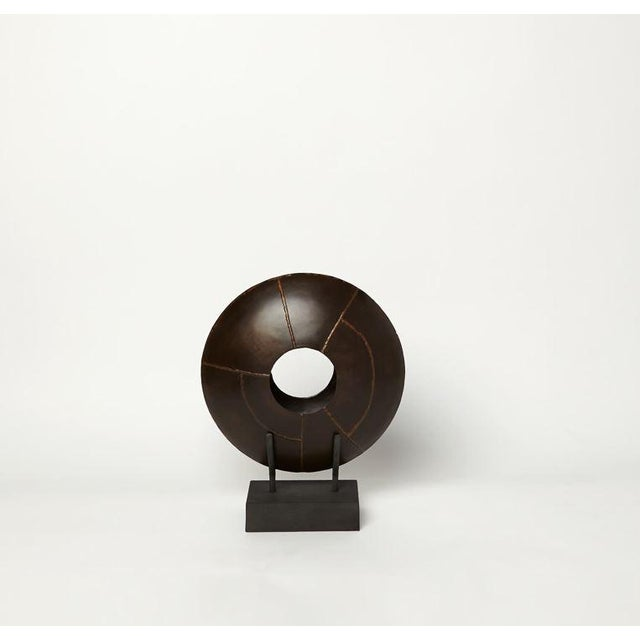 Contemporary Oculos Vase on Stand - Small For Sale - Image 3 of 3