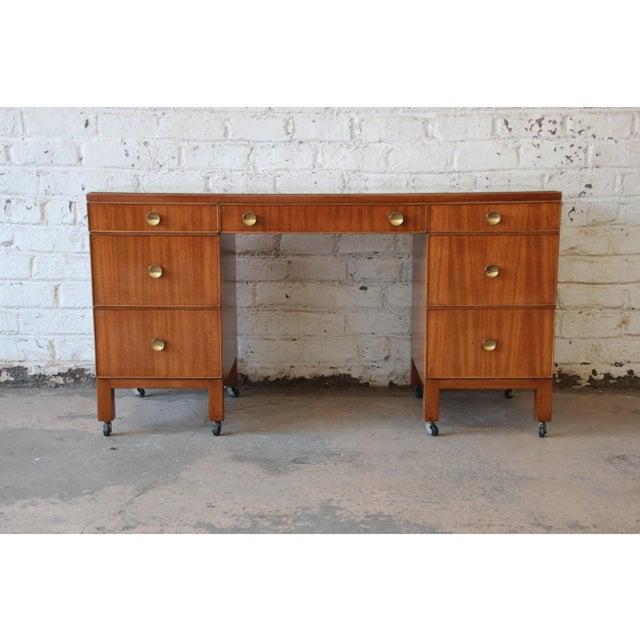 Dunbar Furniture Edward Wormley for Dunbar Vanity Dresser, 1941 For Sale - Image 4 of 9