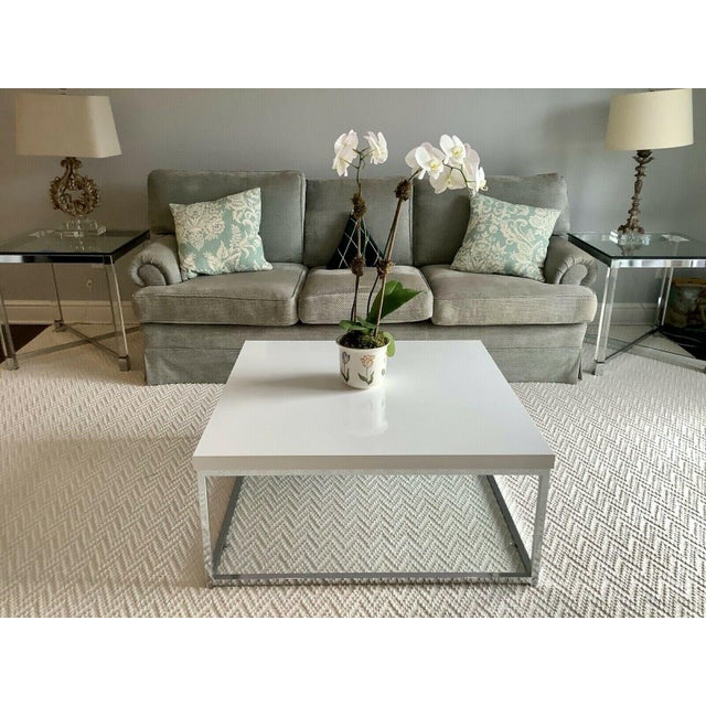 Modern White Lacquer and Chrome Coffee Table With Tempered Glass Bottom Shelf For Sale - Image 3 of 10