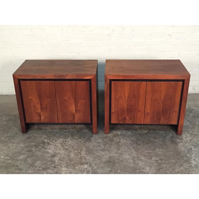 Milo Baughman for Dillingham Mid-Century Modern Nightstands - a Pair - Image 8 of 8