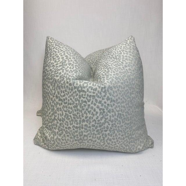 "Textile Kravet ""Hutcherleigh"" in Calm 22"" Pillows - a Pair For Sale - Image 7 of 7"