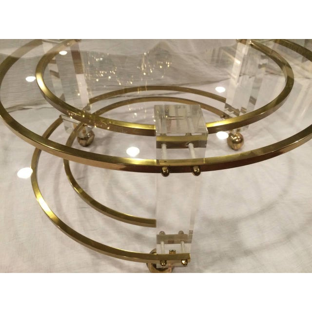 1960s Charles Hollis Jones Hollywood Regency Lucite & Brass Coffee Table For Sale - Image 5 of 10