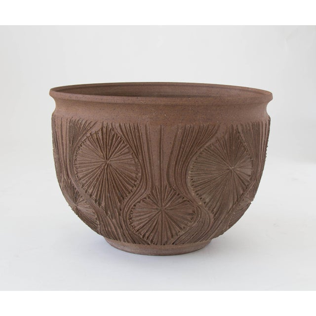 "Robert Maxwell Earthgender Bowl Planter in ""Teardrop Sunburst"" Pattern - Image 3 of 7"