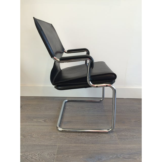 """Marcatre Black Leather & Chrome """"Uno"""" Chair For Sale - Image 4 of 10"""
