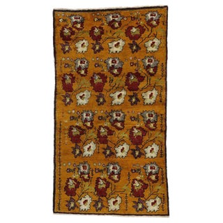 20th Century Turkish Oushak Rug - 4′6″ × 8′1″ For Sale
