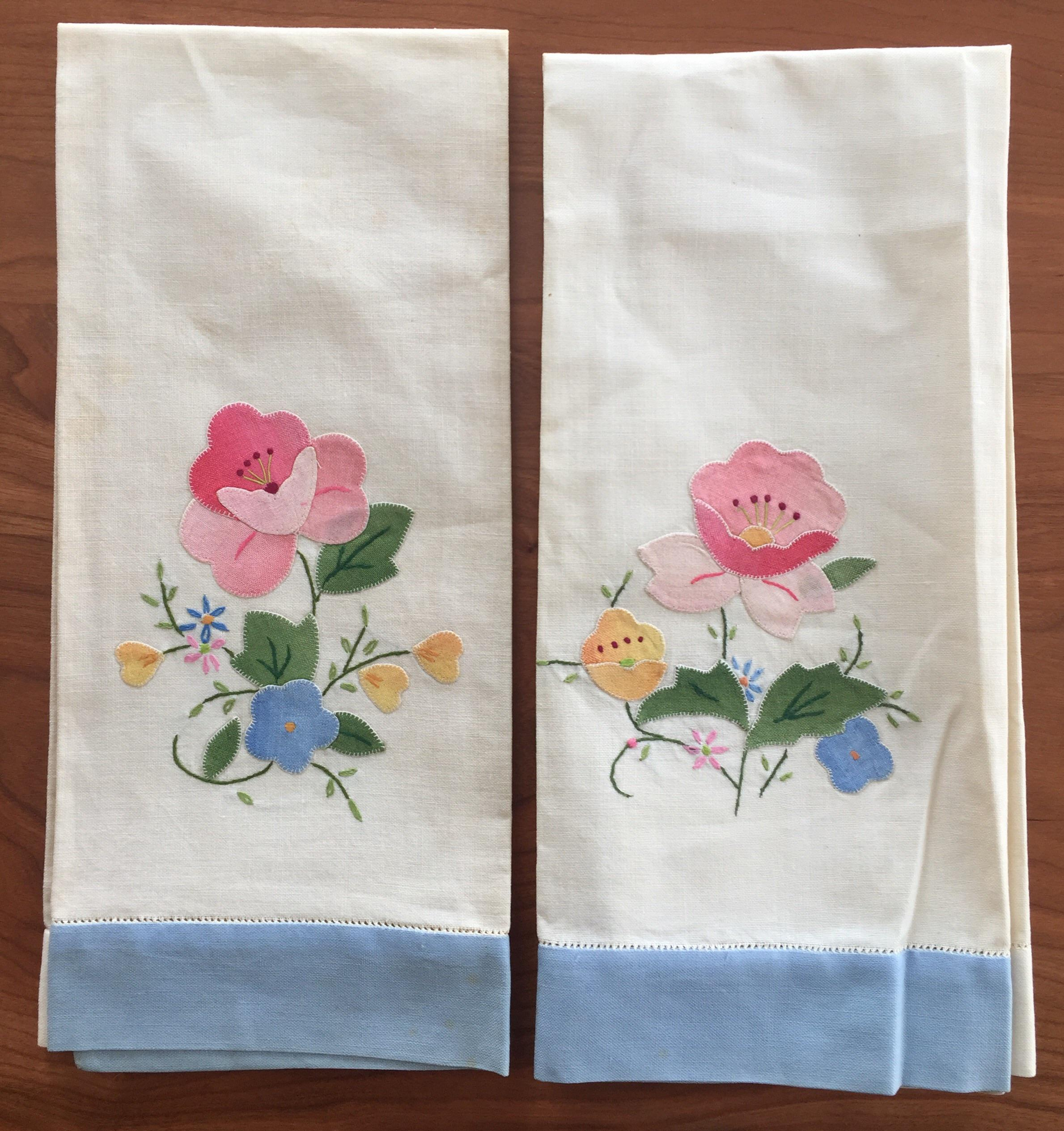 Vintage Floral Appliqué Linen Tea Towels   A Pair   Image 2 Of 5