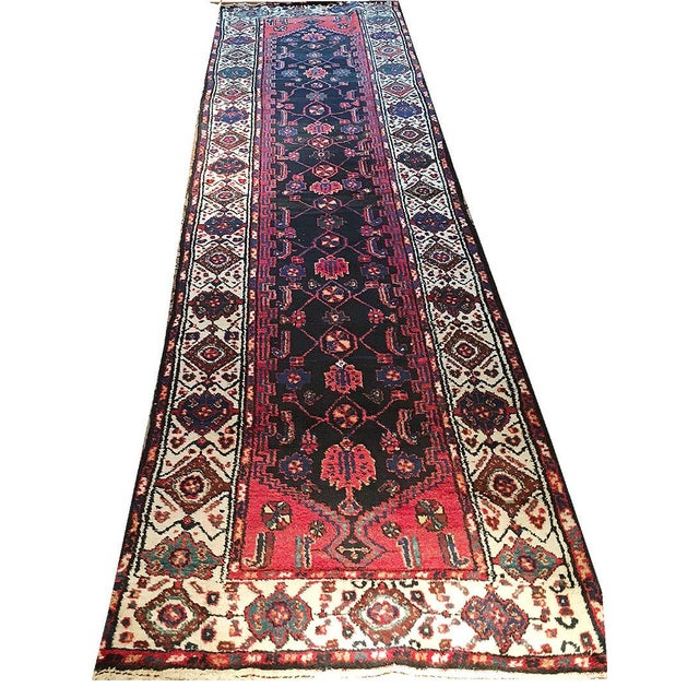 "A Marvelous Vintage Persian Hamedan Hallway Runner Rug - 3'-1"" x 11'-9 For Sale"