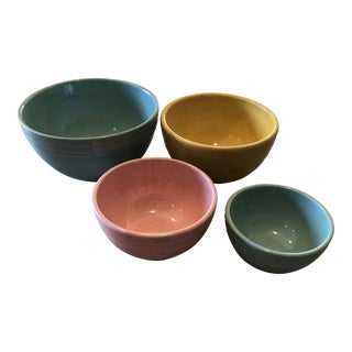 1958 McCoy Pottery Nesting Mixing Bowls - Set of 4 For Sale