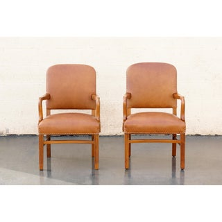 Pair of Gunlocke Leather and Oak Armchairs, 1948 Preview