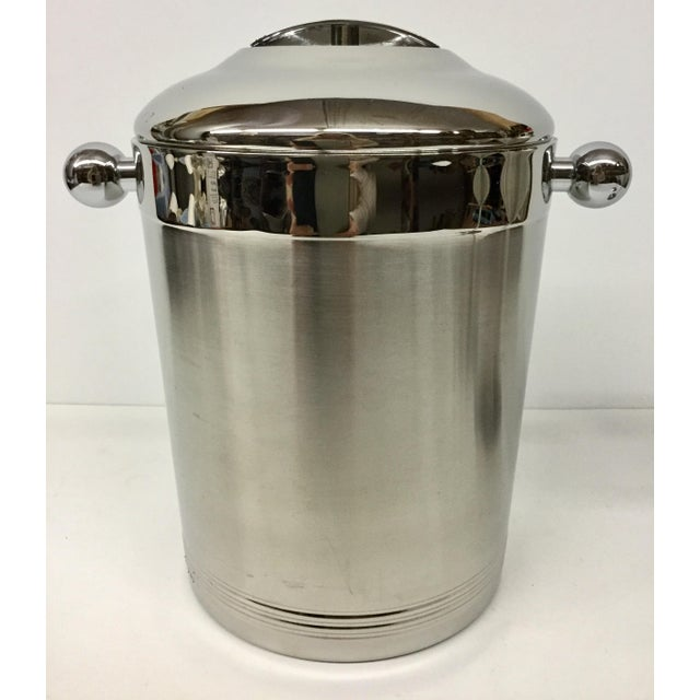 Sweet little vintage ice bucket by the original Copco. The front of this beauty has a slight engraved initials on it so I...