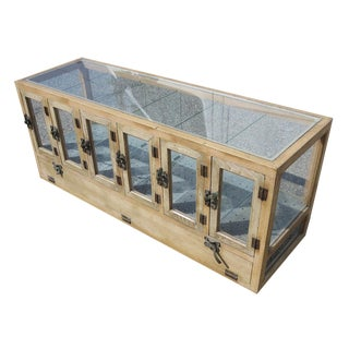 Chinese Counter Top Pastry Display Cabinet For Sale