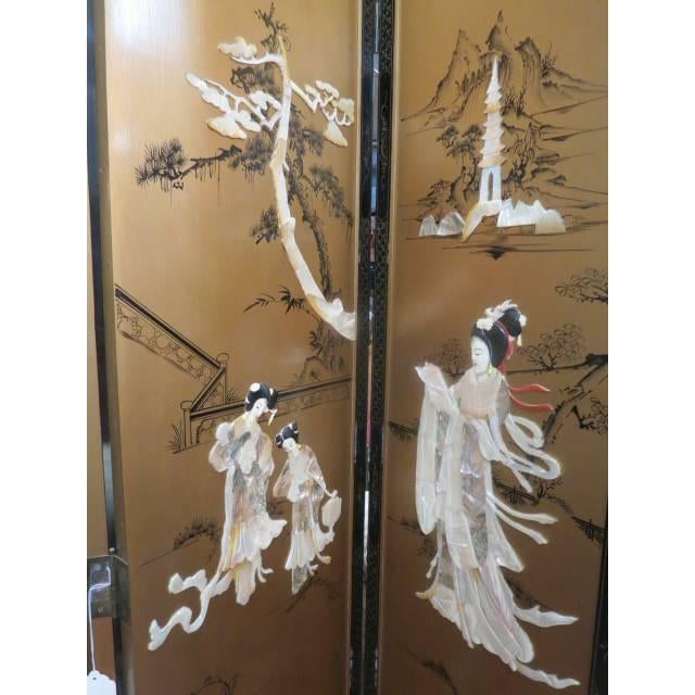 Vintage Chinese Gold Painted Wood and Mother of Pearl 6-Panel Screen, 1950s For Sale - Image 4 of 12