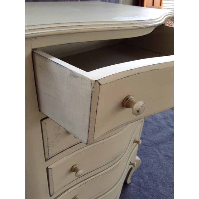 Distressed Shabby Chic 5-Drawer Chest - Image 3 of 7