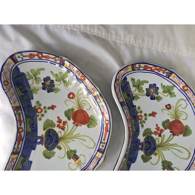 Late 20th Century CACF Faenza Italian Pottery Bone Plates - a Pair For Sale - Image 5 of 13