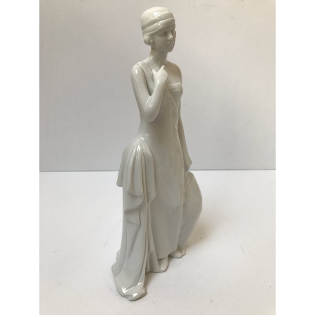 Art Deco Flapper Woman Statue - Image 7 of 8