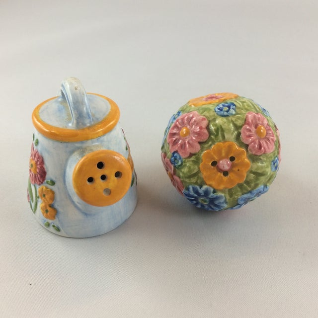1990s Miniature Watering Can & Flowers Salt & Pepper Shakers - a Pair For Sale - Image 5 of 8