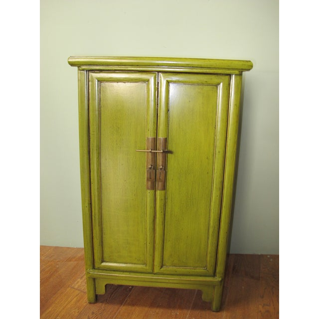 2000 - 2009 Chinese Style Limegreen Lacquer Bedside Chest For Sale - Image 5 of 5