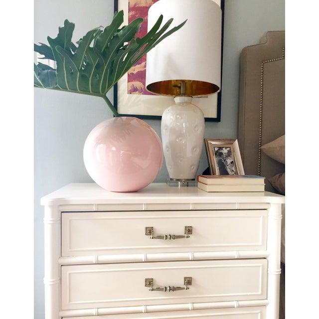 Large Round Gumball Pink Vintage Vase - Image 6 of 7