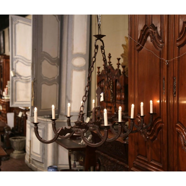 Early 20th Century French Forged Iron Ten-Light Chandelier For Sale - Image 4 of 11