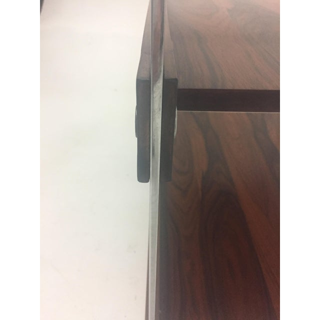 Mid Century Modern Rosewood and Chrome Bar Cart For Sale - Image 10 of 11