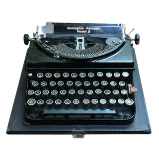 Remington Portable Model 5 Typewriter With Case