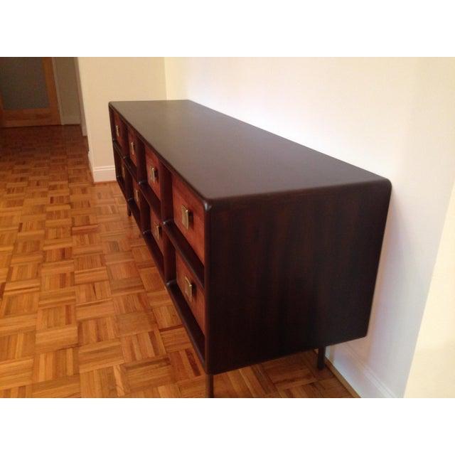 Contemporary Crate & Barrel Zander 8-Drawer Dresser For Sale - Image 3 of 4