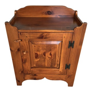 Ethan Allen Country Craftsman Pine Dry Sink (Model 19-9302) (Finish 219) For Sale