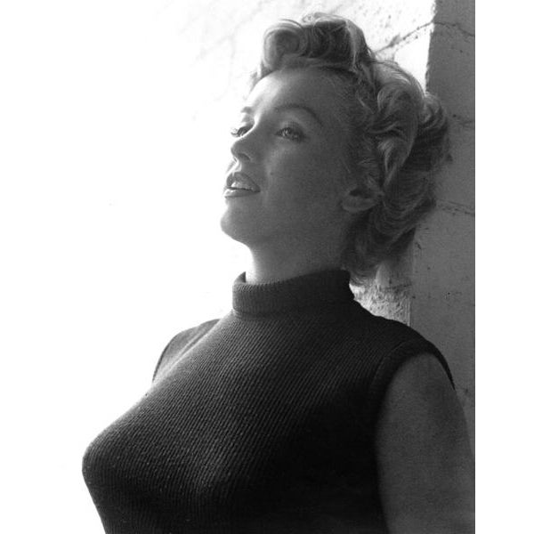 An intimate and rare capture of Marilyn Monroe in 1952. Photo by Larry Barbier. 20x24 Print (unframed) Our fine art prints...