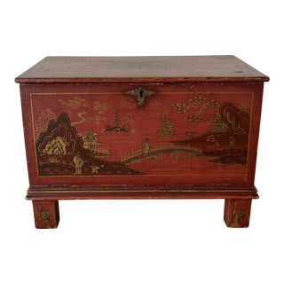 18th Century Chinoiserie Painted Trunk For Sale