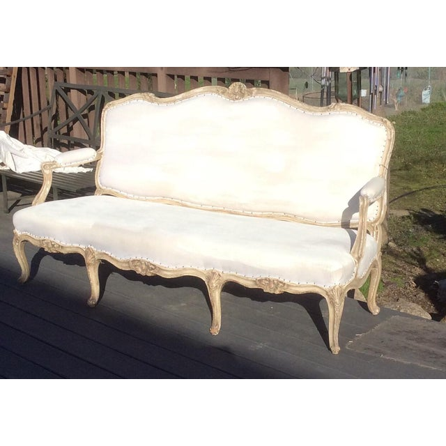 Worn Painted Finish Antique French Settee For Sale In San Antonio - Image 6 of 11