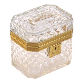 An Exquisite Antique Baccarat Diamond-Cut Crystal Vanity Box With Dore Bronze Mounts For Sale