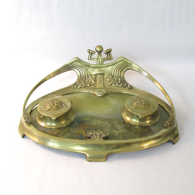 We spotted this beautiful brass and green onyx Art Deco Inkwell while shopping in Central NJ. We're suckers for Deco and...