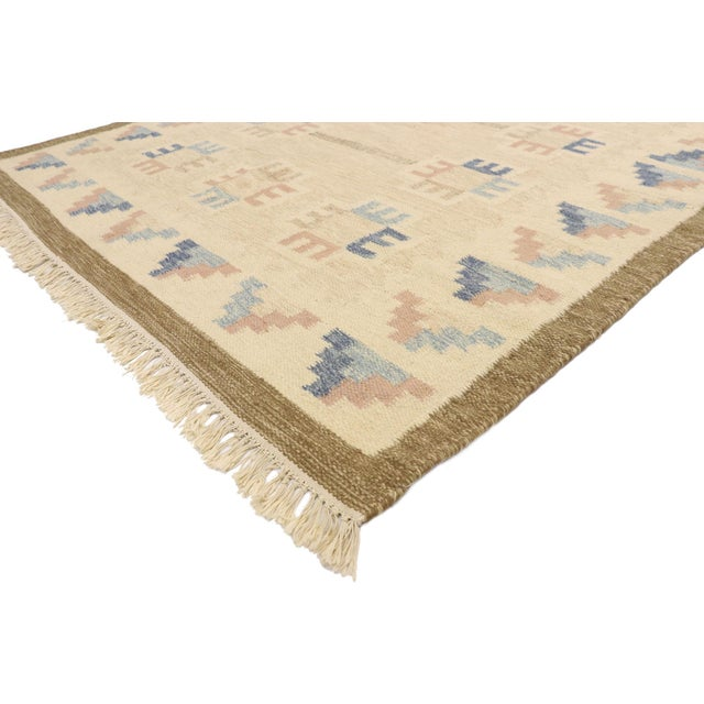 77404 Vintage Scandinavian Modern Style Swedish Kilim Rug, Rollakan Rug with Boho Chic Hygge Vibes 05'08 x 07'07. With its...