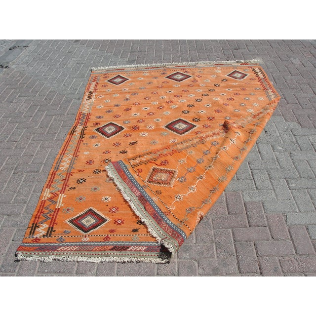 "Vintage Turkish Kilim Rug - 5'11"" X 8'6"" For Sale - Image 11 of 11"