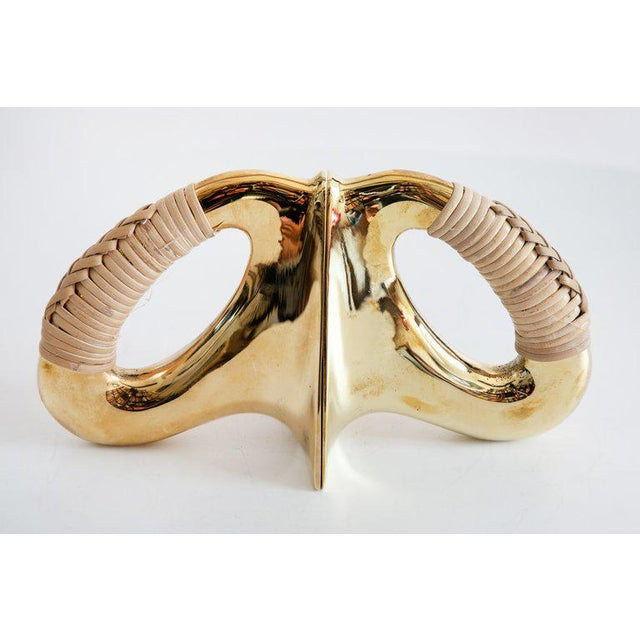 Mid-Century Modern Carl Auböck Model #3530 'Flatiron' Brass and Cane Bookends - a Pair For Sale In Los Angeles - Image 6 of 7