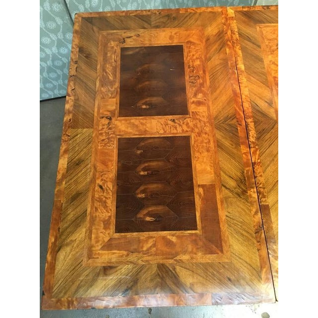 Mahogany English George III Marquetry Extendable Dining Table For Sale - Image 7 of 10