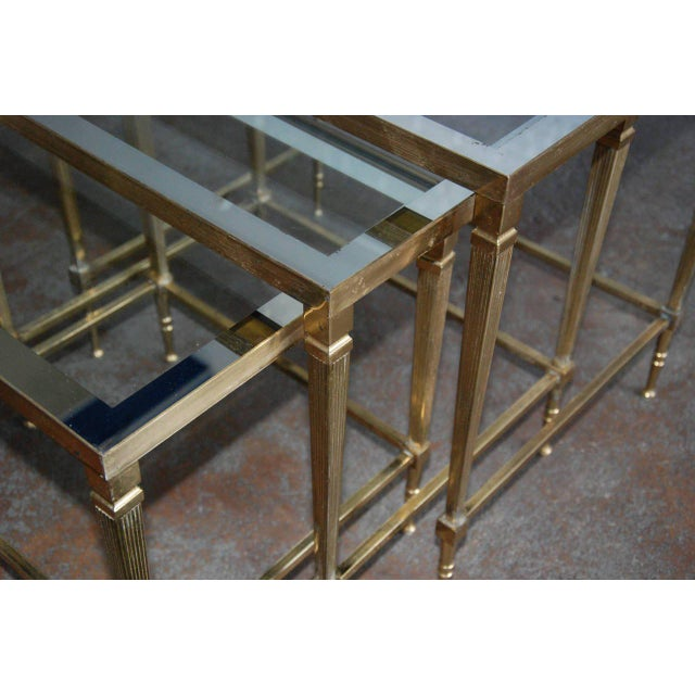1950s Circa 1950, Italian, Mid-Century Modern, Brass & Mirrored Glass, Nesting Tables - Set Of For Sale - Image 5 of 10