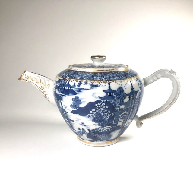 """Late 18th Century English Georgian Period Caughley """"Blue Willow Nankin"""" Teapot or Punch Pot For Sale - Image 9 of 9"""