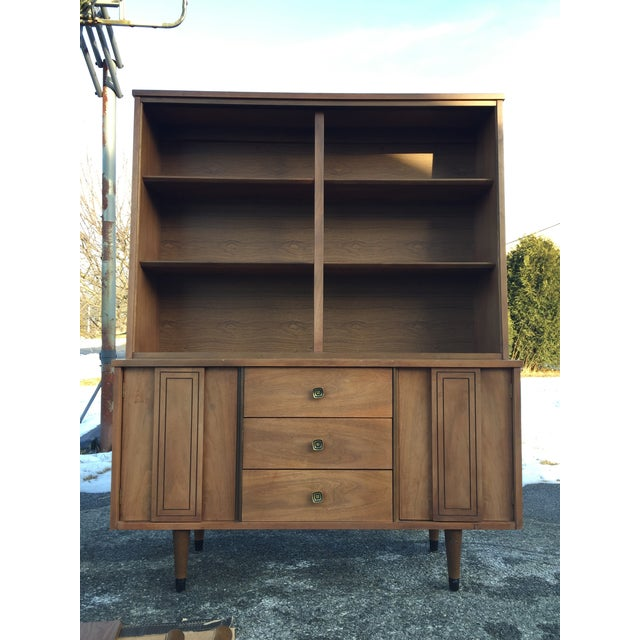 1960s Scandinavian Modern Stanley Walnut China Hutch With Glass Doors For Sale - Image 9 of 9