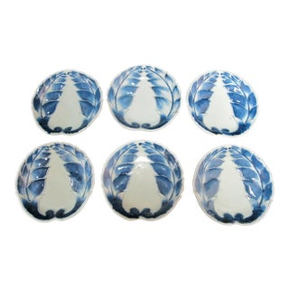 Chinese Porcelain Cobalt Blue & White Leaf Shape Design Dish Plates - Set of 6 For Sale