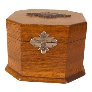 Late 19th Century Oak Collar and Cuff Box For Sale