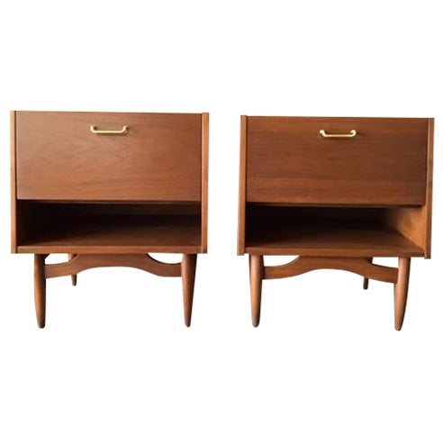 American of Martinsville Nightstands - Pair - Image 1 of 6