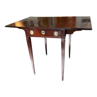 Antique Hepplewhite Style Drop Leaf Table For Sale