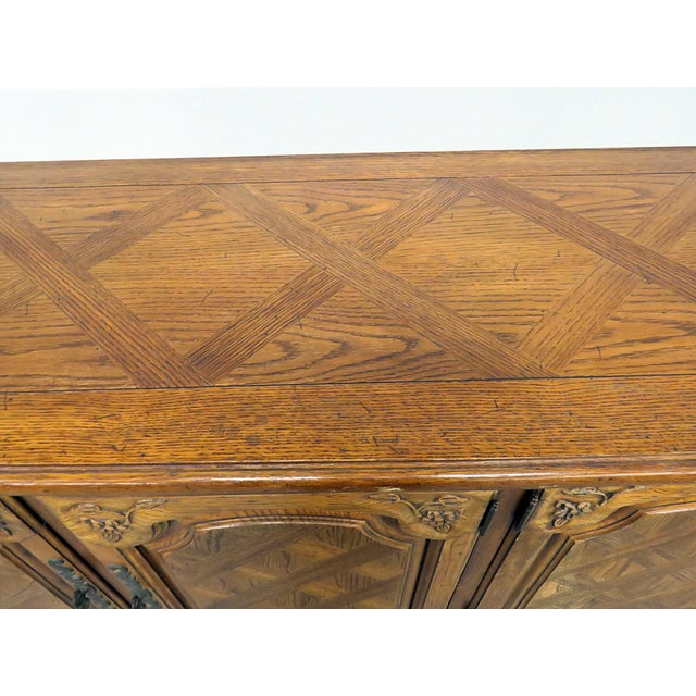Thomasville Thomasville Country French Style Sideboard For Sale - Image 4 of 10