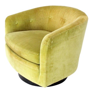 Vintage Mid Century Milo Baughman Single Lounge Swivel Chair For Sale