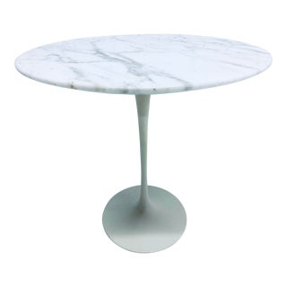 Early Knoll Carrara Marble Tulip Side Table by Eero Saarinen For Sale