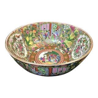 Large Porcelain Chinese Export Rose Medallion Bowl For Sale